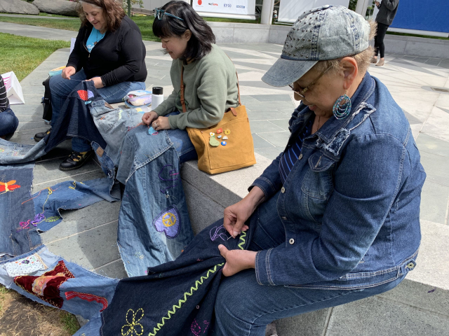 2019 - World Embroidery Day in Yerba Buena Gardens